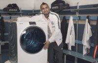 """""""Стара Синьйора"""" рекламує пральні машини"""