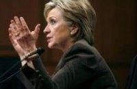 Клинтон увидела демократию при Януковиче
