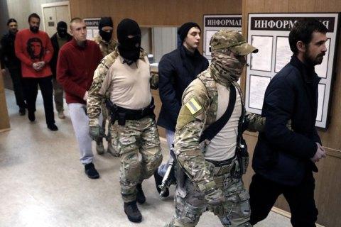 В России выдвинули окончательное обвинение 18 из 24 украинских военнопленных моряков