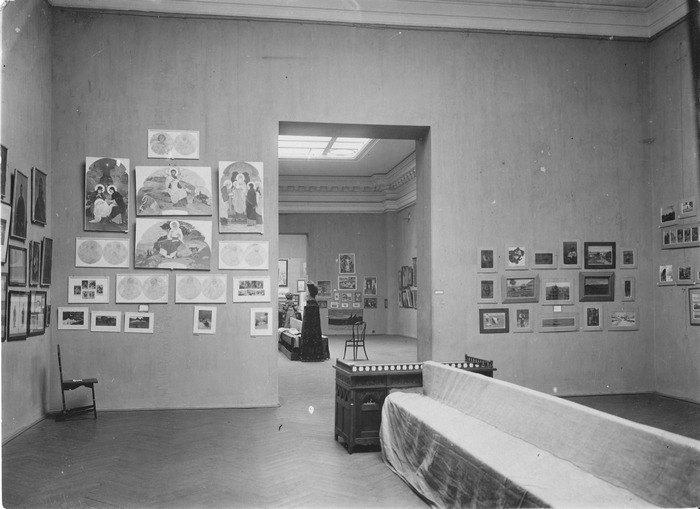 Перша всеукраїнська артистична виставка 1911 р. Твори І. Їжакевича та Ф. Красицького
