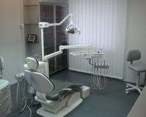 Сегодня днепропетровским ветеранам бесплатно установят зубные имплантанты