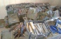 В Мариуполе задержали 17 человек с арсеналом оружия