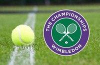 Організатори Wimbledon попросили під час чвертьфінального матчу змінити кепку тенісистові, тому що вона занадто чорна всередині