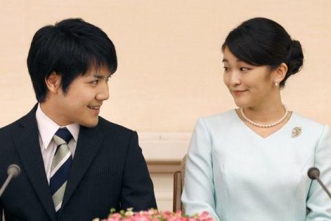 Японська принцеса Аяко відмовилася від титулу заради одруження