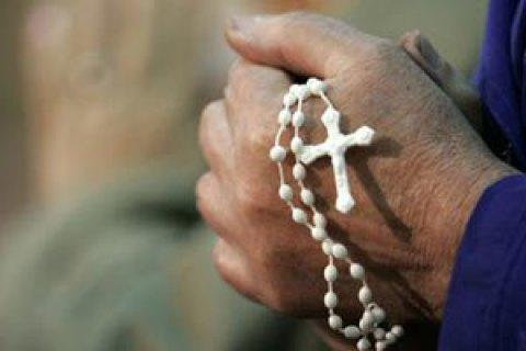 В Австралії священиків хочуть зобов'язати повідомляти про злочини, почуті на сповіді