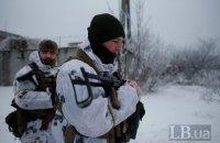 Боевики снова стреляли возле Луганского и Водяного