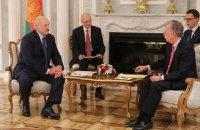 Лукашенко обговорив з Болтоном приєднання США до переговорів стосовно України, - МЗС Білорусі