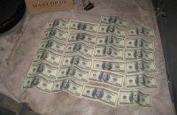 В Кременце поймали прокурора на взятке $2,5 тысячи