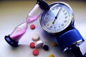 """Минздрав просит гипертоников обращаться к врачу, чтобы получить """"скидку"""" на лекарства"""
