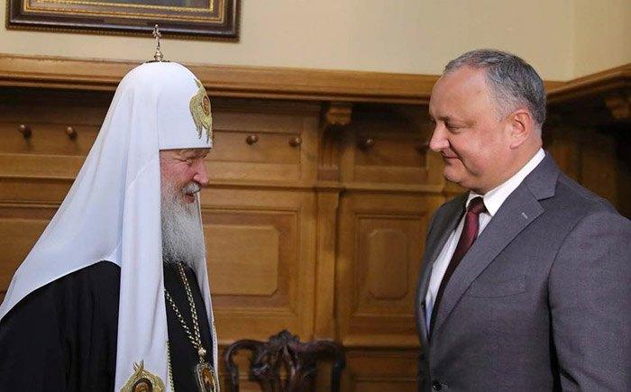 Игорь Додон и патриарх Кирилл во время их встречи в Кишиневе,13 июня, 2018.