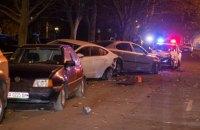 На Борщаговке пьяный водитель устроил ДТП с 9 автомобилями