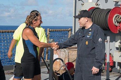 ВМС США спасли двух американок, 5 месяцев дрейфовавших на яхте в Тихом океане