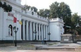 В стране второй день Пасхи, а в Одессе – сессия горсовета!