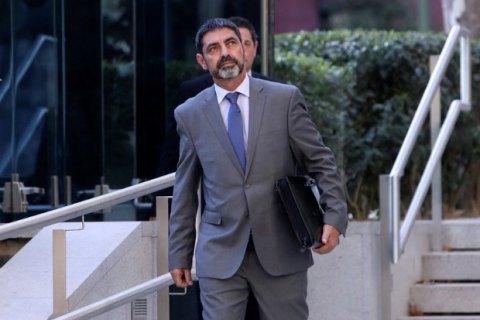 Суд Испании забрал паспорт у главы каталонской полиции