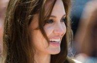 Анджелина Джоли придумала название для своего режиссерского дебюта