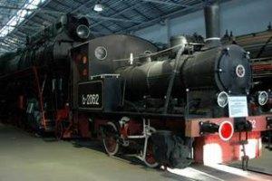 Боевики ДНР пытались украсть из музея раритетный паровоз