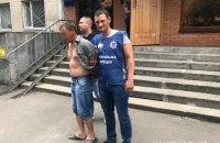 В Белой Церкви мужчина бросил из окна пятилетнего ребенка