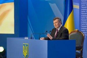 Янукович дал интервью украинским телеканалам