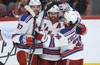 """НХЛ: """"Рейнджеры"""" отыграли три шайбы у """"Миннесоты"""""""