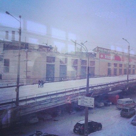 Шулявский мост на какое-то время стал пешеходным