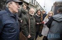 Активісти заявили про загрозу припинення розкопок на Поштовій площі