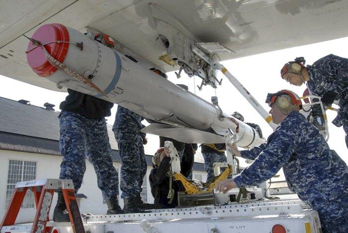 Крылатая ракета AGM-84H/K SLAM-ER, разработанная корпорацией Boeing для армии США.