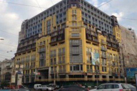 """Экспертиза подтвердила возможность сноса лишних этажей скандального """"дома-монстра"""" на Подоле"""