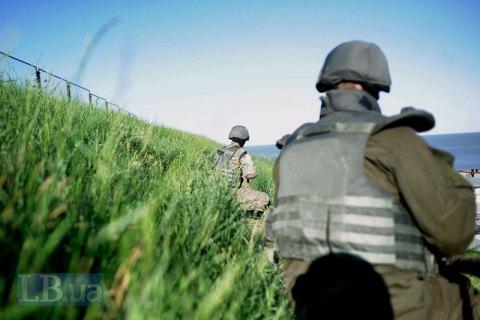 За сутки один военнослужащий получил осколочное ранение под Мариуполем