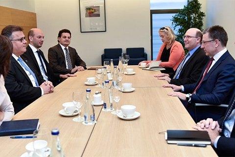 Литва вітає зростання  підтримки України з боку США, - Лінкявічус