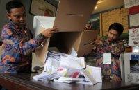На виборах в Індонезії майже 300 членів виборчкомів померли від перевтоми