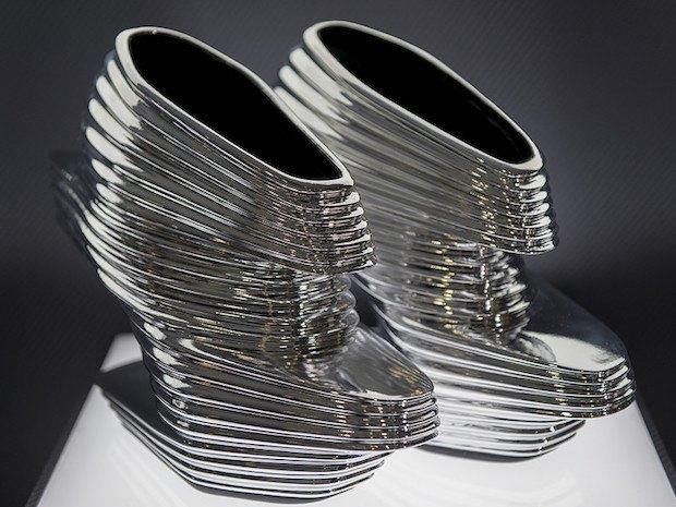 """Туфлі """"Nova"""", дизайнер –Заха Хадід"""