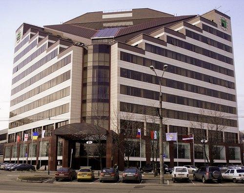 Головний офіс ПриватБанку в м. Дніпро (тоді Дніпропетровську), 2010 р