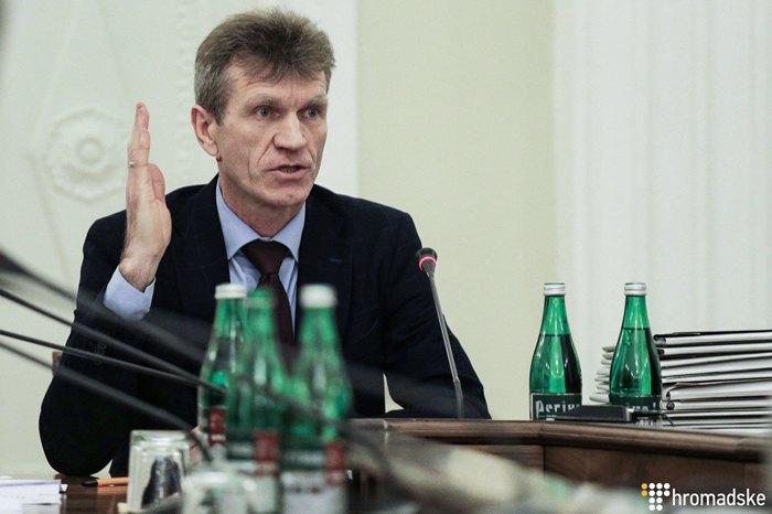 Роман Майданик під час засідання комісії