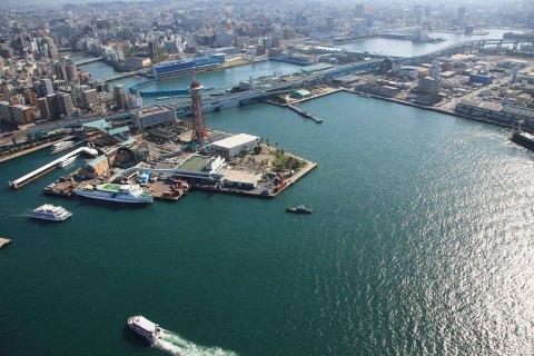 Японія обіцяє запустити до2025 року судна без людей наборту