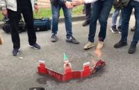 МЗС Росії висловило Україні протест через спалення картонного Кремля у Києві