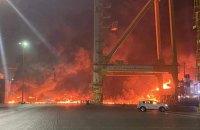 В порту Дубая пролунав потужний вибух