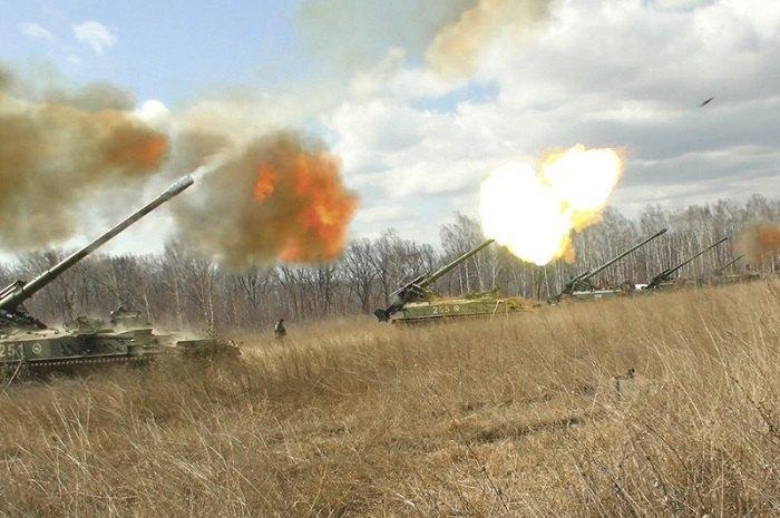 Военные учение арлиллеристов армии РФ