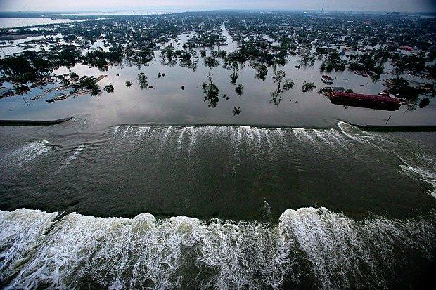 Новий Орлеан під водою - наслідки урагану Катріна, штат Луїзіана, США, 30 серпня 2005