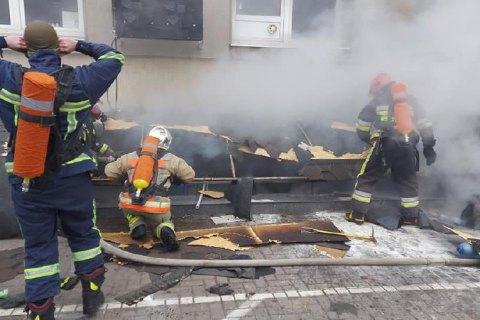 """В Ровно во время пожара в ТРЦ """"Арена"""" эвакуировали более полусотни человек"""