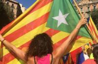 В Каталонии сотни тысяч людей вышли на марш в поддержку независимости