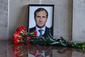Подозреваемого в убийстве мэра Кременчуга оставили под арестом