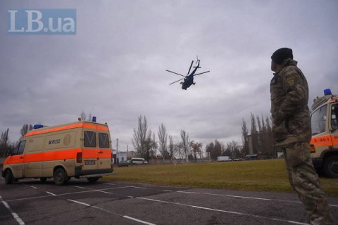 Поблизу Пісків унаслідок обстрілу поранено двох волонтерів