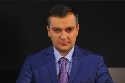Кандидат в президенты Дмитрий Гнап попал в финансовый скандал с журналистской премией на 15 тыс. евро