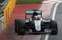 """Команда Формулы-1 """"Мерседес"""" оштрафована за необычное нарушение регламента"""