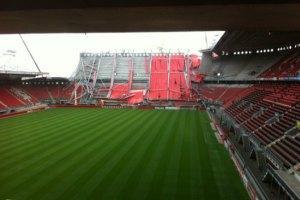 В Голландии на рабочих рухнула крыша стадиона