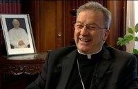 Посол Ватикана во Франции обвинен в сексуальных домогательствах