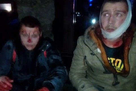 """Разгромивших рынок """"Харьковский"""" титушек избили и сдали в полицию"""