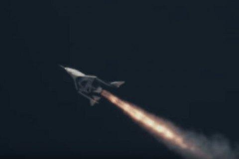 Космічний корабель VSS Unity вперше полетів з увімкненим двигуном