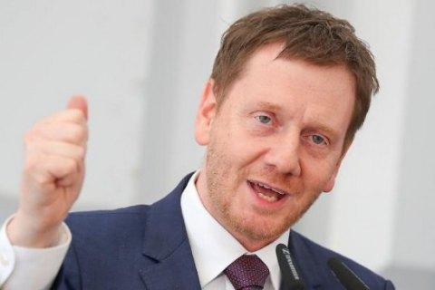 Прем'єр-міністр Саксонії виступив за скасування санкцій проти Росії