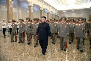 КНДР віддає данину пам'яті Кім Ір Сену